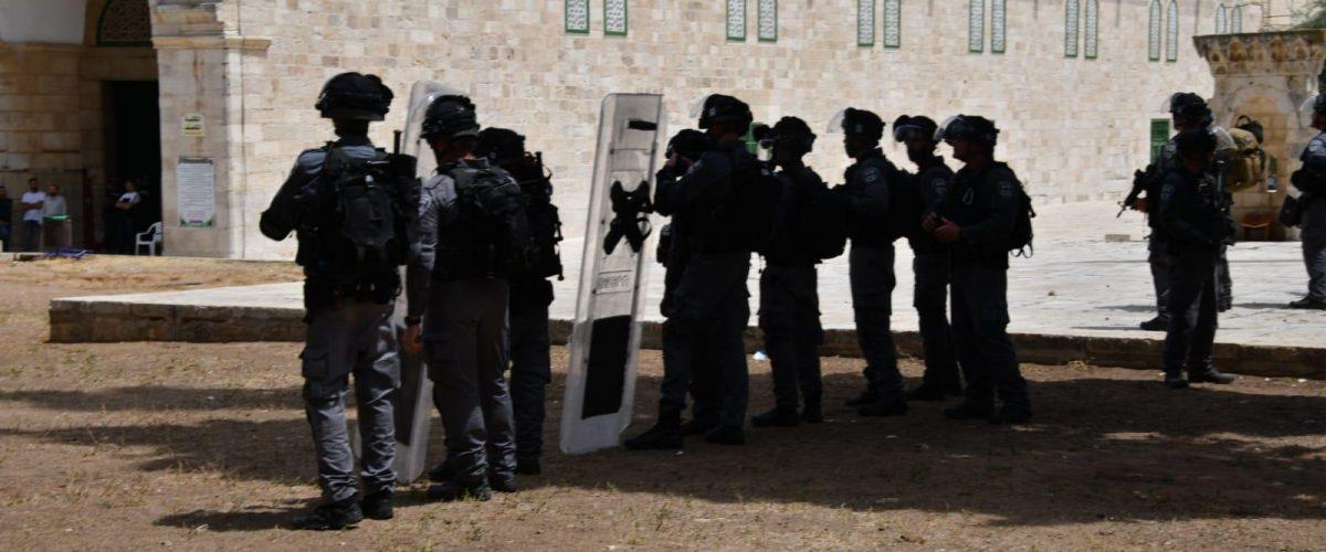 כוחות שיטור חמושים על הר הבית  צילום: דוברות המשטרה)